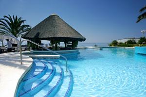 Pool eines Luxushotels