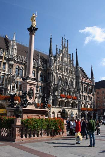 Rathaus am Münchner Marienplatz