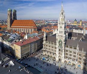 Marienplatz und Frauenkirche in München