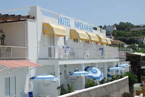 Ansicht vom Hotel Imperamare